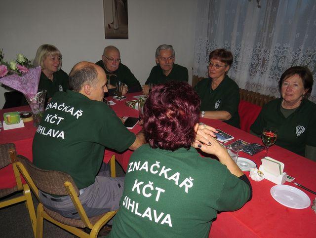 přátelské posezení po skončení oficiální části semináře; www.svatosi.cz