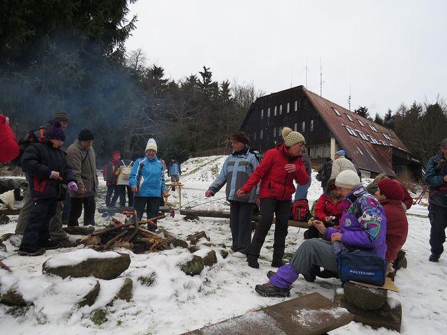atmosféra u ohýnku byla velice příjemná; www.svatosi.cz