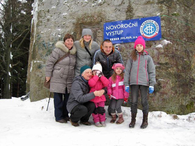 výstupu se zúčastňují celé rodiny; www.svatosi.cz