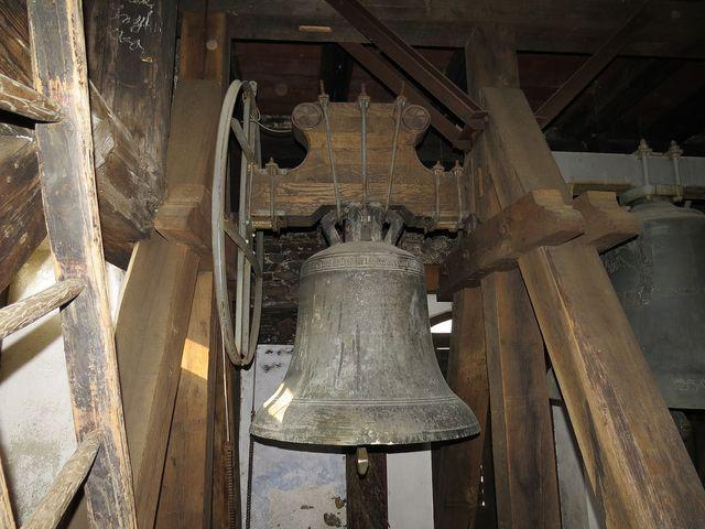 zvon Marie z roku 1489 ve věži kostela sv. Prokopa