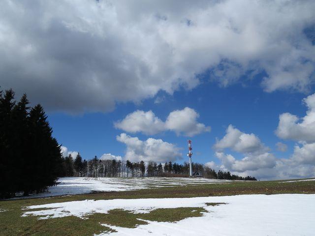 v hlavní roli jsou dramatická oblaka