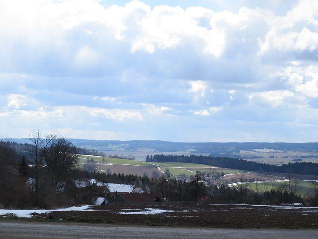 výhled z hřebene Arnoleckých hor
