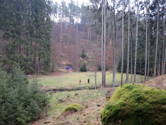 louka u Polomí, kde stávala dřevěná chatka a u ní kámen, kde při procházkách odpočíval Otokar Březina a sbíral inspiraci