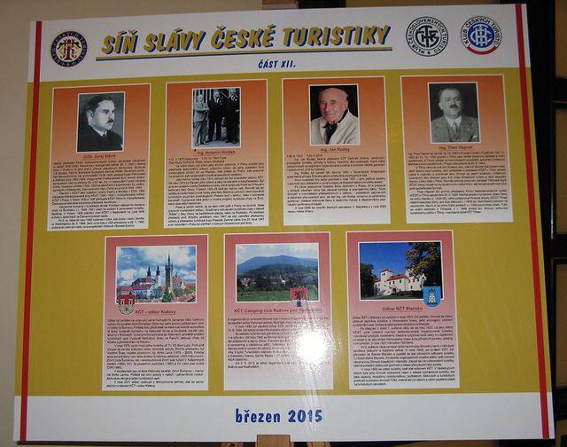 informační panel s odbory a osobnostmi uvedenými na letošní konferenci do SSČT; foto M. Bradová