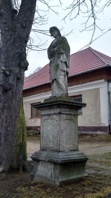 socha sv. Josefa je dílem Antonína Suchardy; foto Silva Poukarová