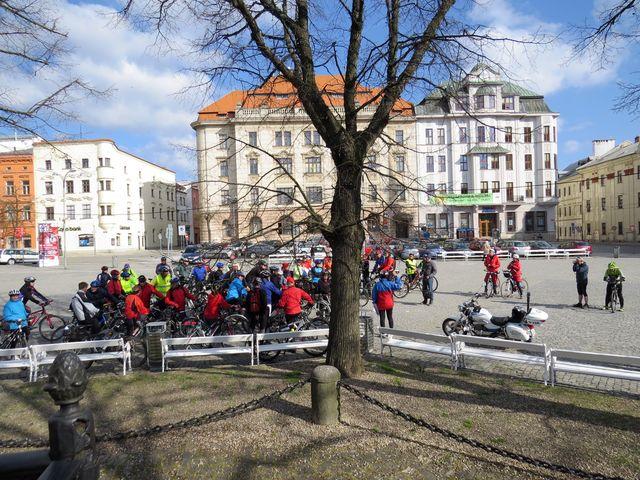 počasí přálo cyklistice; www.svatosi.cz