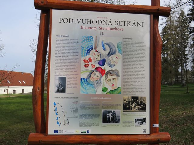 v parku a blízkém okolí Třeště je 15 infotabulí
