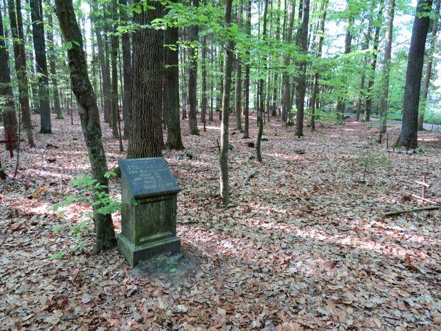 psí hřbitov nedaleko Barbory