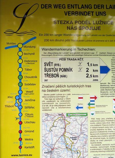 stezka podél Lužnice - jsou vyznačena města, kterými Lužnice protéká