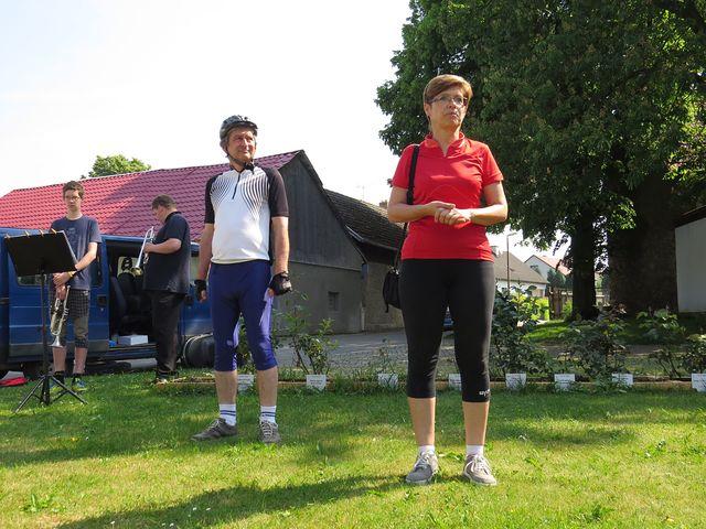Iva Svobodová informuje o připravených trasách cyklojízdy