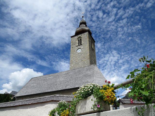 farní kostel sv. Mikuláše v Lechu - postaven v roce 1400