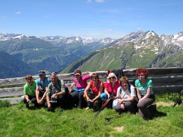 vrchol Jöchelspitze je ve výšce 2 226 metrů