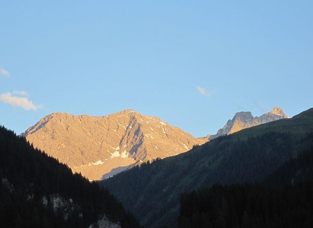 takový závdavek plný příslibů jsme dostali od Lechtalských Alp hned první večer