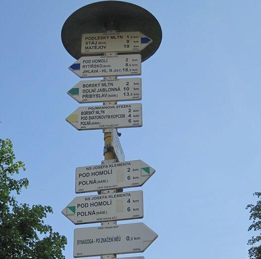 turistické informační místo na náměstí v Polné