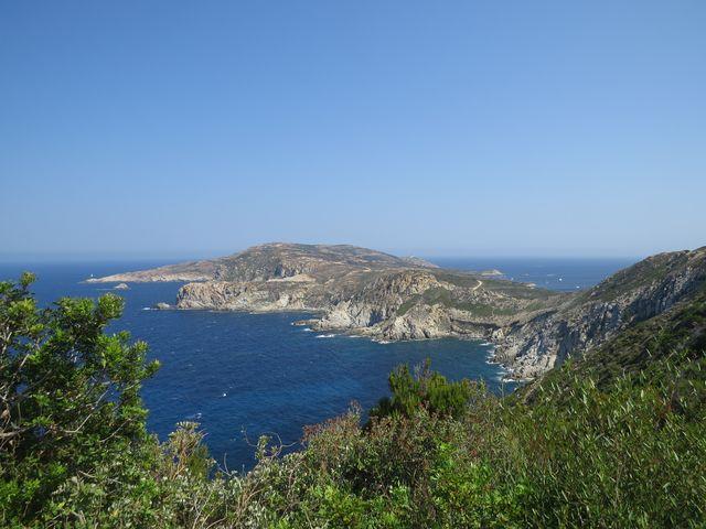 nezapomenutelné scenérie na severozápadním pobřeží Korsiky