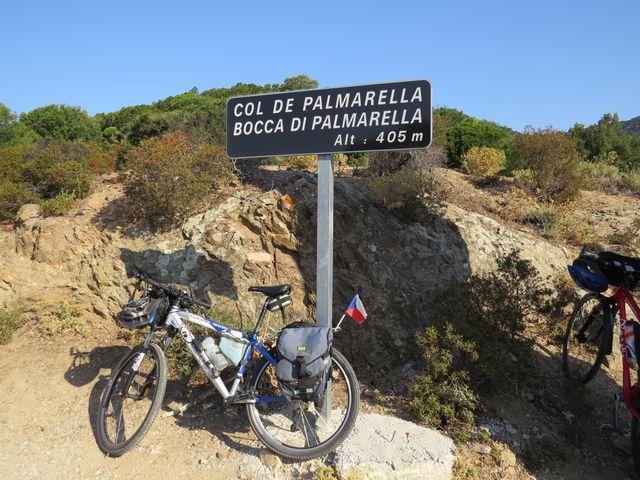 ze sedla pojedeme po západním pobřeží Korsiky