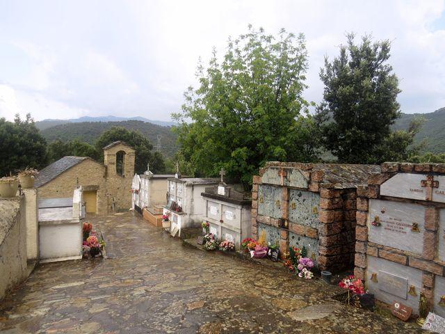 hřbitov u obce Castirla