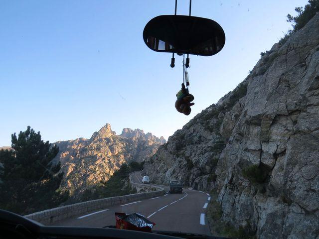 jedeme do sedla Col de Bavella