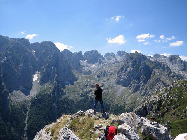 fascinující pohled do hloubky údolí Grbaje