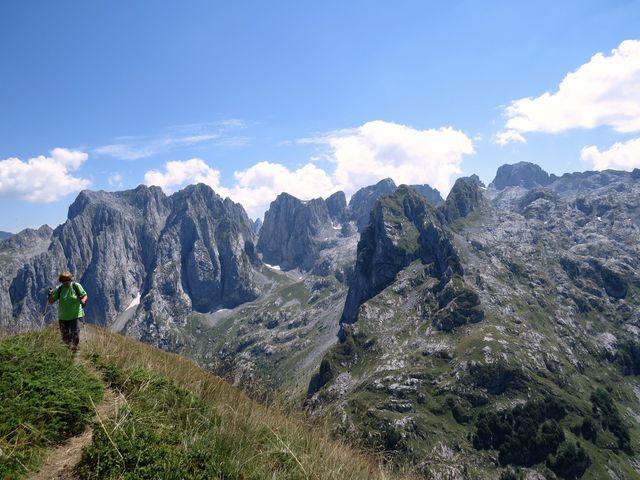tyto nádherné hory leží na východě Černé Hory