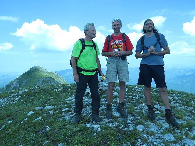 zprava Martin Mitaš, průvodce, Láďa Tomáš, vedoucí zájezdu, Mirek, můj pečovatel - Smetný vrch, 2 210 m
