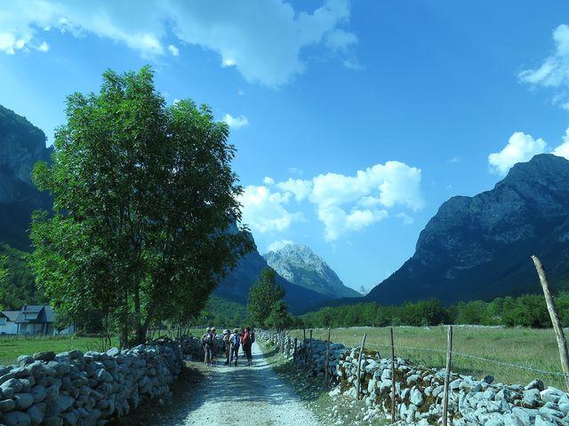 údolí Ropojana spojuje Černou Horu a Albánii
