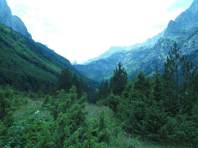 ohlédnutí na hraniční hřeben s Albánií