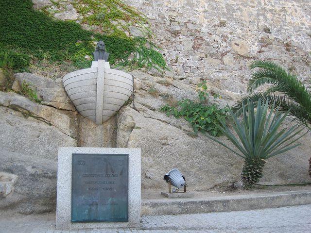Korsičané jsou přesvědčeni, že se v Calvi narodil Kryštof Kolumbus