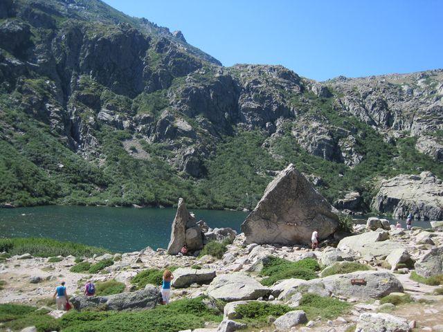Lac de Melo je ve výšce 1 711 metrů