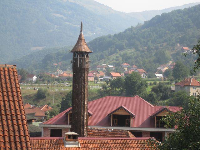 dřevěné minarety dříve byly specialitou oblasti