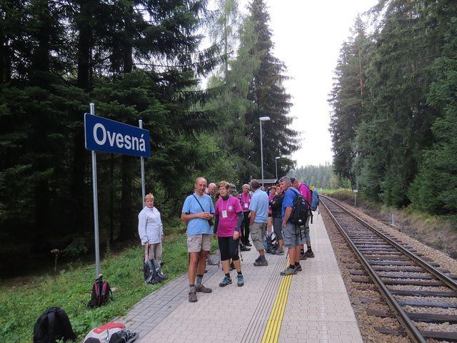 zastávka, kde jsme čekali 55 minut na opožděný vlak