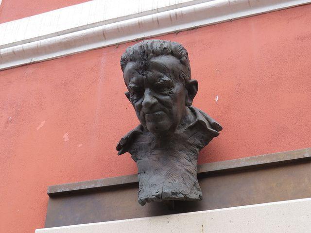 busta P. Dr. Kubíčka