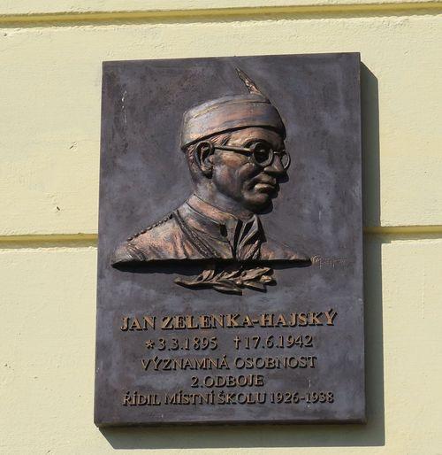 pamětní deska vlastenci, který za německé okupace položil život