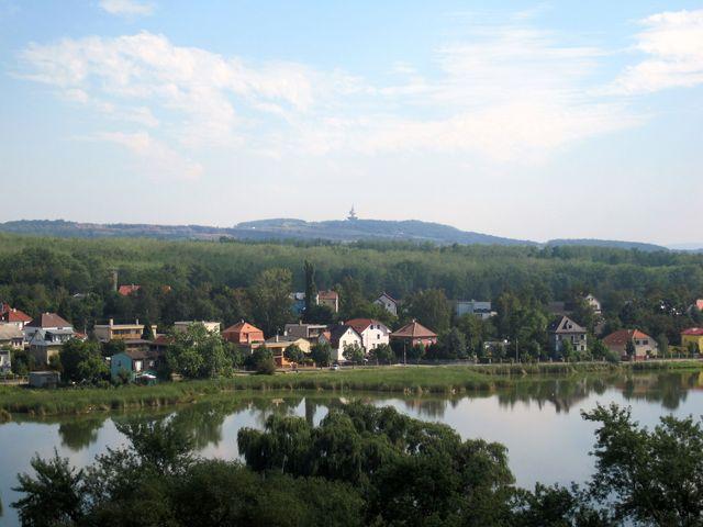 vodárenská věž nad Teplicemi je zásobovaná vodou z Flájské přehrady