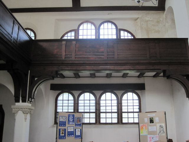 v kostele byla výstava o významných stavbách v Duchcově a připomínka výročí upálení M. Jana Husa