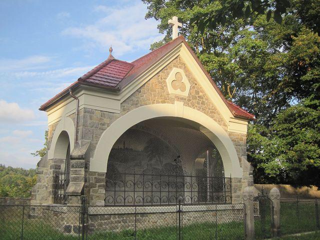 kaple Olivetská hora u kostela sv. Jakuba; www.svatosi.cz