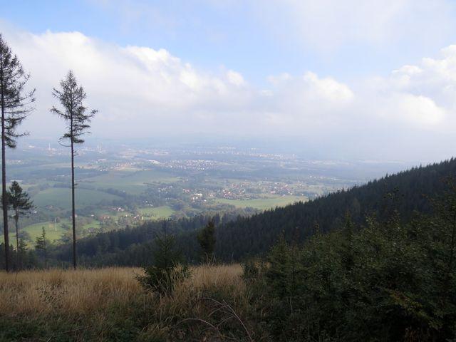 výhled ze svahu Javorového na Třinec a Český Těšín