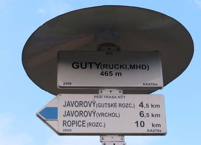 rozcestí Guty-Rucki vyvolává vzpomínky na mládí; www.svatosi.cz