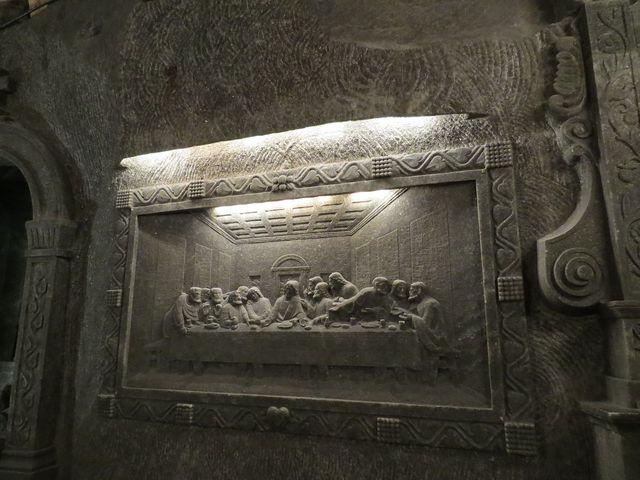 reliéf podle Leonardova obrazu Poslední večeře
