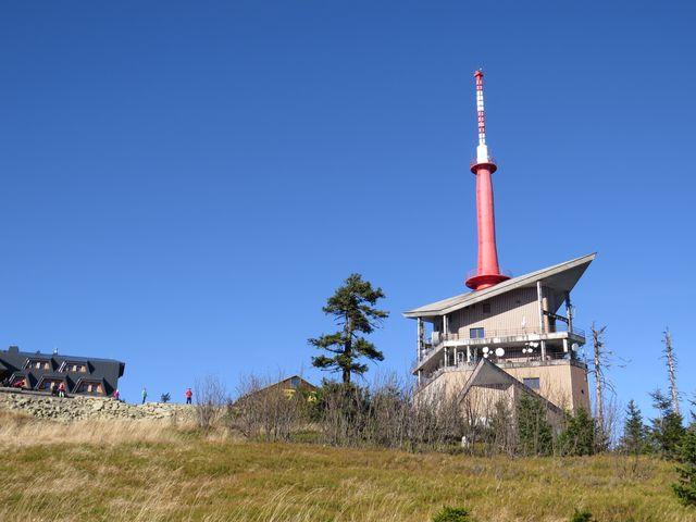 takový pohled se nabízí turistům, kteří stoupají na vrcholek po ČTZ z Visalají
