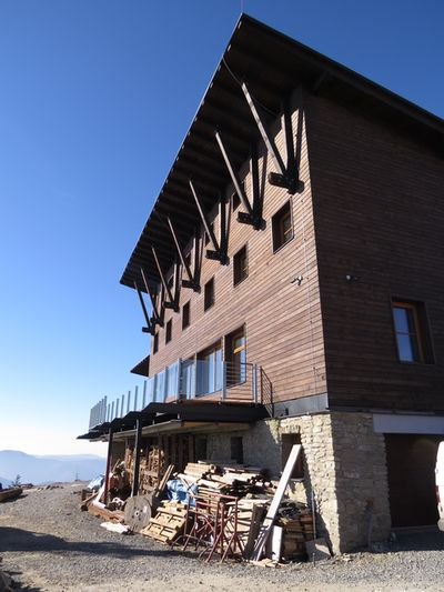 chata byla i dnes, 1. listopadu 2015, zamčená