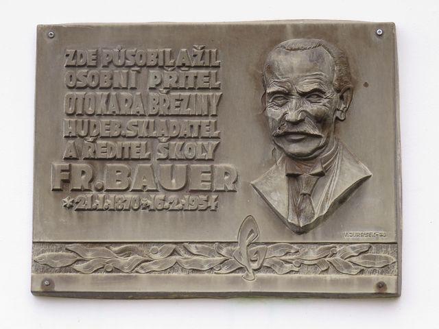 pamětní deska Františku Bauerovi
