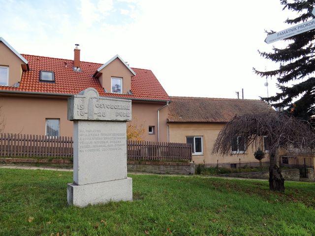 památník Osvobozené půdě v Příměticích