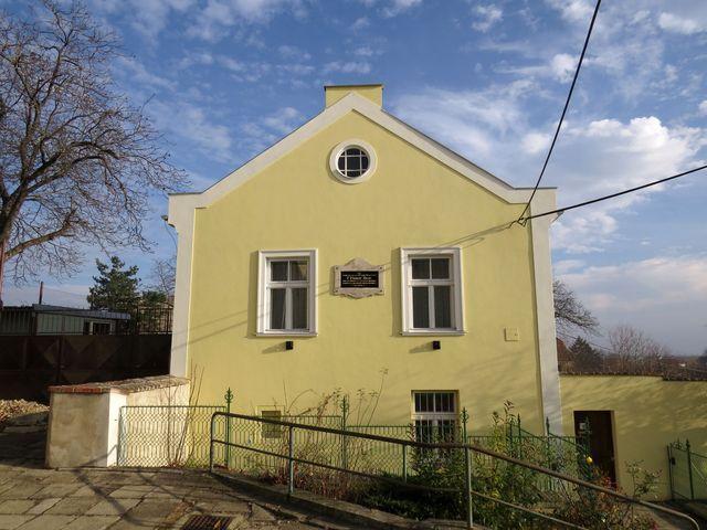 fara, kde bydlel Prokop Diviš