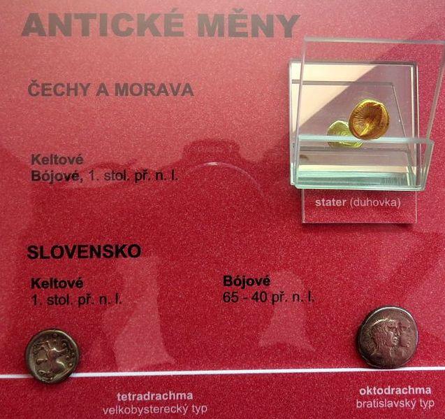z numismatické sbírky Josefa Květoně
