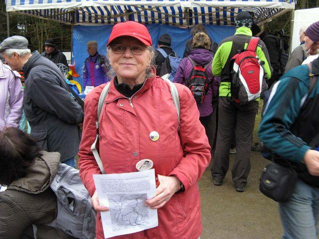 Maruška Holcová je připravena vydat se na naučnou stezku; foto J. Daňhel