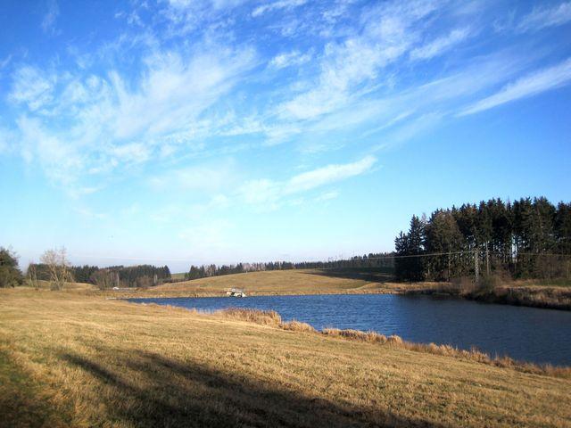 soustava rybníků v údolí Jihlávky u Stonařova