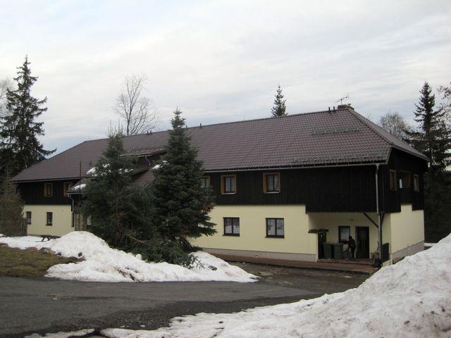 Prášilská chata KČT v lednu 2016; www.svatosi.cz