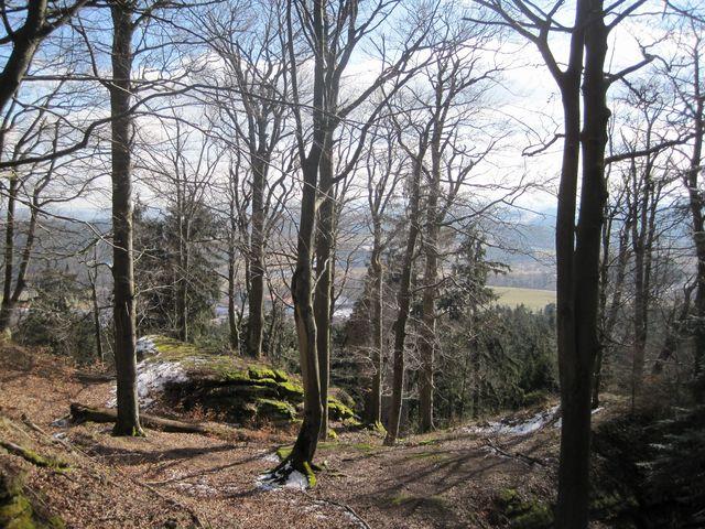 výšina, kde stával hrad Štamberk