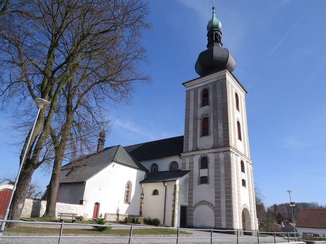 kostel sv. Jana Křtitele v Měříně